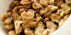 Fertilité : manger des noix rend les spermatozoïdes plus efficaces