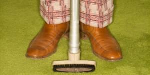 Non, un homme qui fait le ménage n'est pas plus enclin au divorce !
