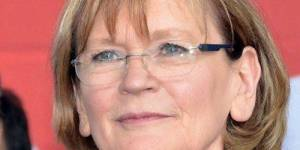 """Traité européen : Marie-George Buffet dit """"non"""" pour les femmes"""