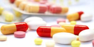 Guide des médicaments inutiles ou dangereux : des médecins contre-attaquent