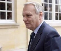 """Jean-Marc Ayrault ne verrait pas de """"tabou"""" dans la fin des 35h"""