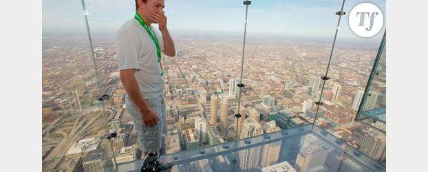 Zac Vawter : en haut d'un gratte-ciel grâce à sa prothèse bionique - Vidéo