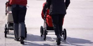 Égalité hommes-femmes : le modèle suédois est-il applicable à la France?