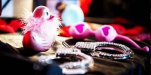 Offre d'emploi : devenez testeuse de sex toys pour 1 350 euros net par mois