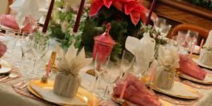 Comment plier vos serviettes de table pour Noël ? – vidéo