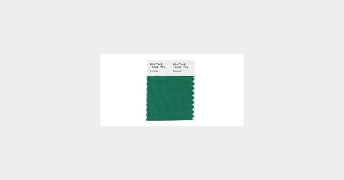 Pantone sacre le vert meraude couleur de l 39 ann e 2013 - Couleur vert emeraude ...