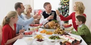 Premier Noël chez la belle-famille : 5 conseils pour y survivre