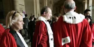 La magistrature est-elle squattée par les femmes ou boudée par les hommes ?