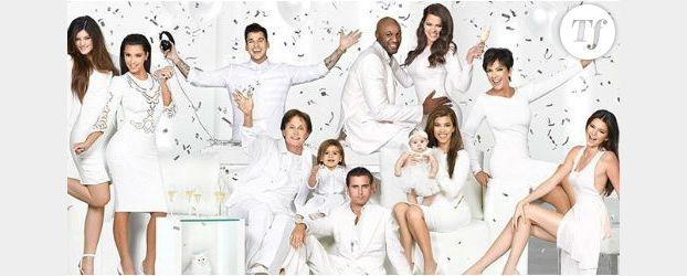 Kim kardashian et sa famille vous souhaitent un joyeux no l for Maison de la famille kardashian