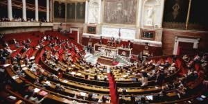 Amendement PMA : une trentaine de députés socialistes refusent de le signer