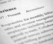 Rédiger son CV en anglais : comment décrire sa formation et ses qualifications