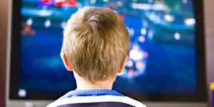 Les écrans engendrent-ils des cancers chez les enfants ? La polémique enfle en Angleterre