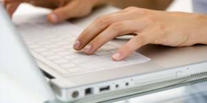 Mail vs courrier : la version papier sera-t-elle bientôt plus rapide ?