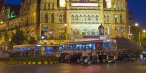 Inde : pour lutter contre le viol, la police de Bombay interdit aux femmes de se promener la nuit