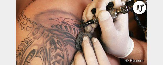 Dangers des tatouages : les dermatologues rappellent les risques