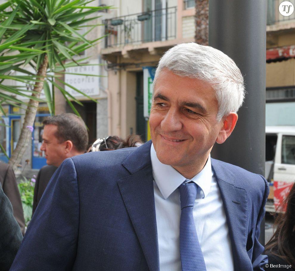 Hervé Morin pas prêtre