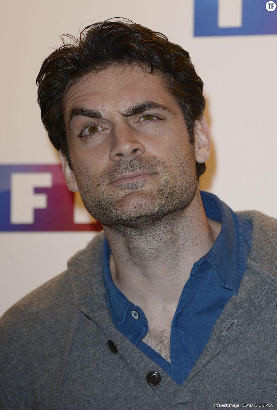 """Gil Alma à l'Avant-Premiére du film """"Ce soir je vais tuer l' assassin de mon fils"""", en mars 2014 à Paris"""