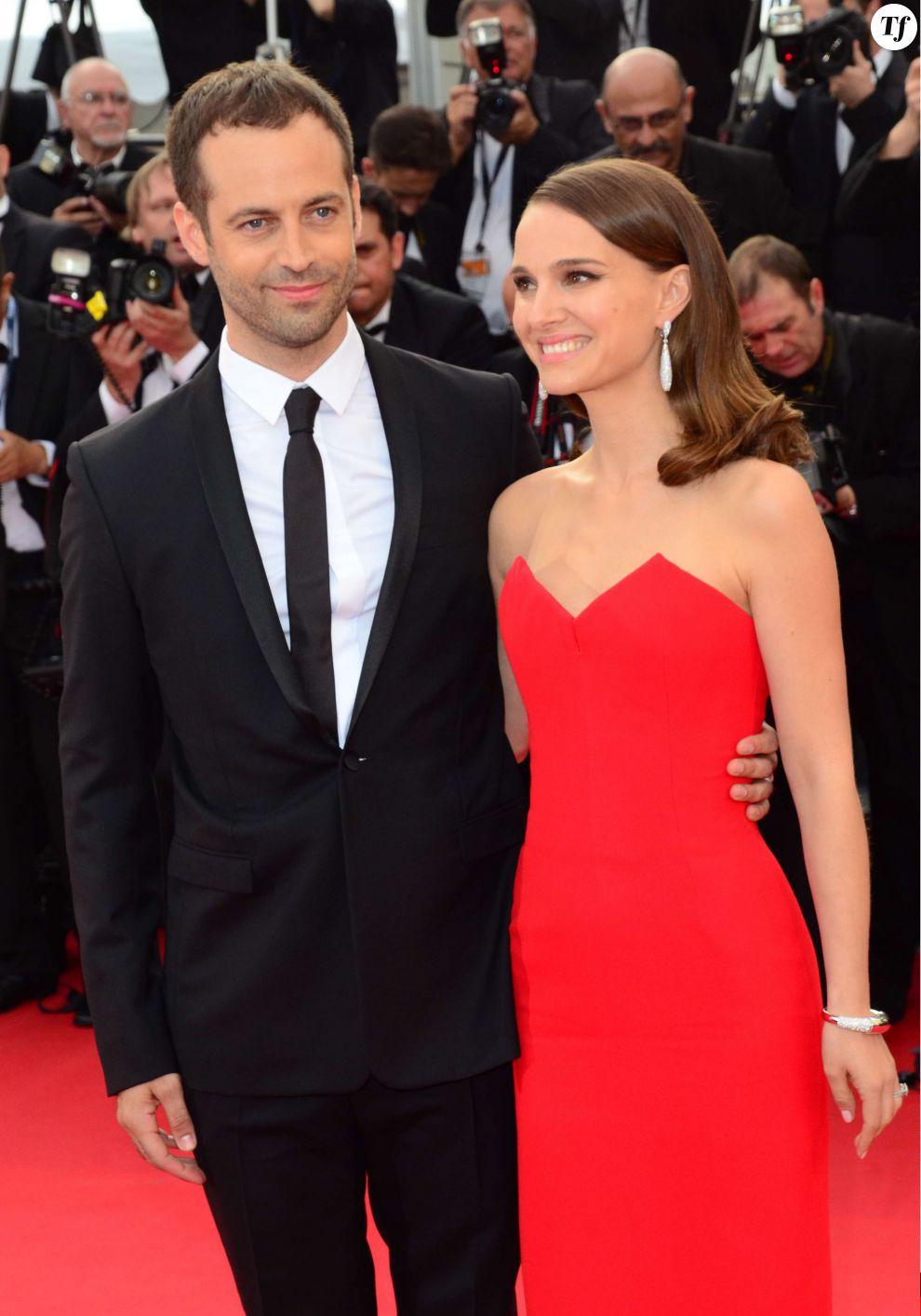 Natalie Portman et son mari Benjamin Millepied sur le tapis rouge pour la cérémonie d'ouverture du Festival de Cannes 2015