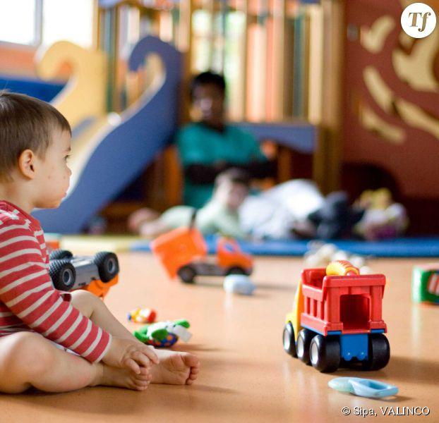 lundi de pentec te 2015 les enfants ont ils cr che ou cole. Black Bedroom Furniture Sets. Home Design Ideas