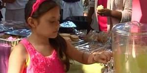 Cette petite entrepreneuse de 10 ans a gagné 10 000 dollars en une journée