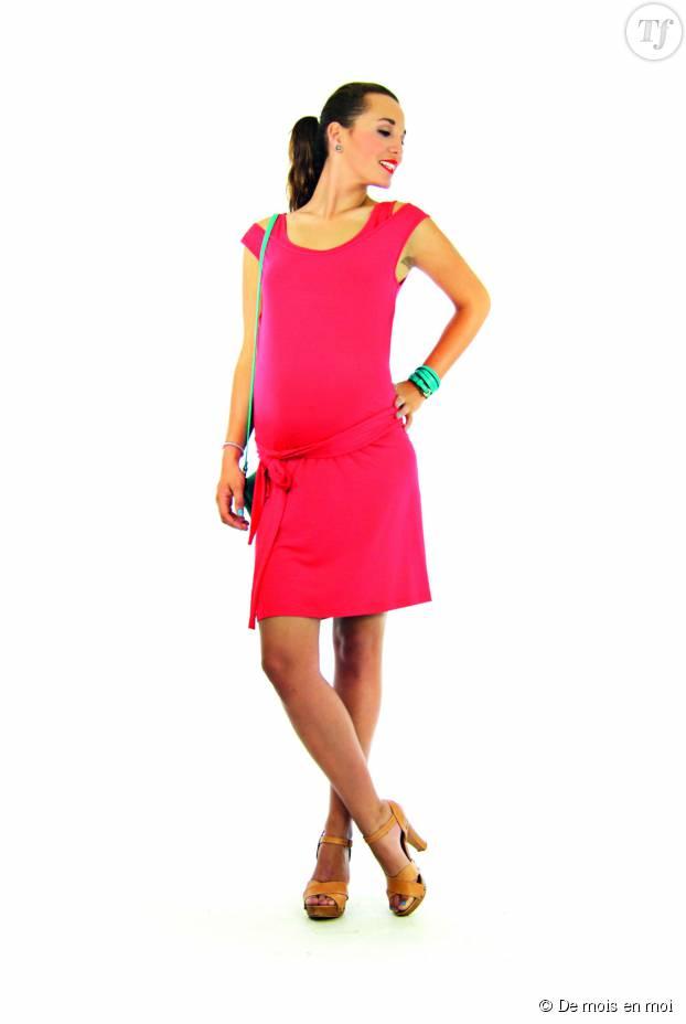 Une jupe longue avec un débardeur, une bonne alternative à la robe.