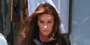 Kylie Jenner : sa réaction quand elle a rencontré Caitlyn Jenner pour la première fois (vidéo)
