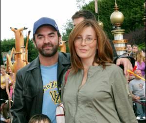 Bruno Solo, sa femme enceinte de leur fille, et leurs fils en 2004