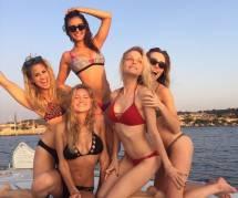 Nina Dobrev : elle joue les jolies sirènes en France (vidéo)