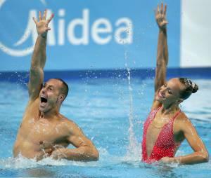 Bill May, premier champion de natation synchronisée : un homme dans le bassin des femmes