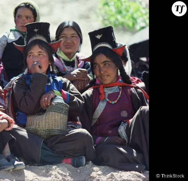 Au Népal, les femmes sont forcées de s'exiler pendant leurs règles.