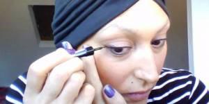 Cette Youtubeuse crée des tutos beauté pour les femmes atteintes de cancer
