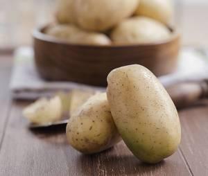 L'astuce géniale pour éplucher ses pommes de terre en quelques secondes (Vidéo)