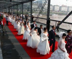 Pas assez de femmes en Chine ? Cet économiste propose aux hommes de partager une épouse