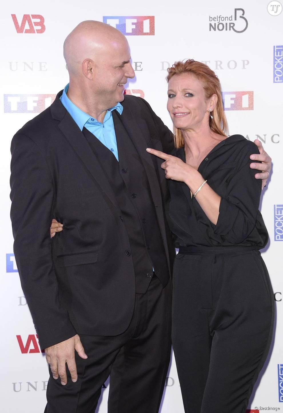 """Harlan Coben et Alexandra Lamy - Avant-première du film """"Une chance de trop"""" au cinéma Gaumont Marignan à Paris, le 24 juin 2015."""