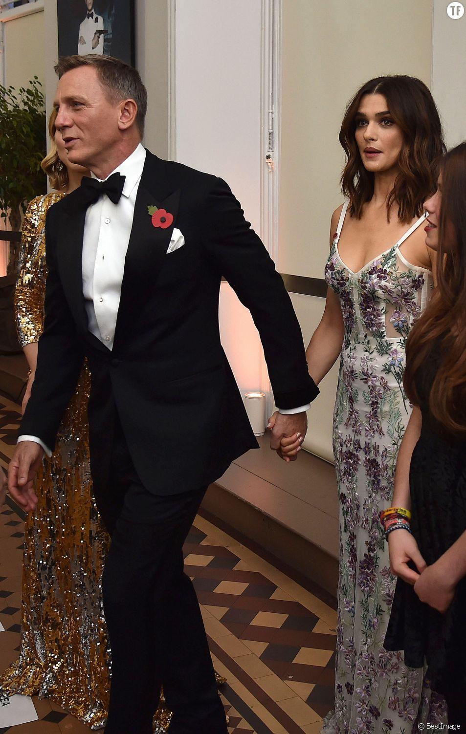"""Daniel Craig et sa femme Rachel Weisz - Première mondiale du nouveau James Bond """"Spectre"""" au Royal Albert Hall à Londres. Le 26 octobre 2015"""
