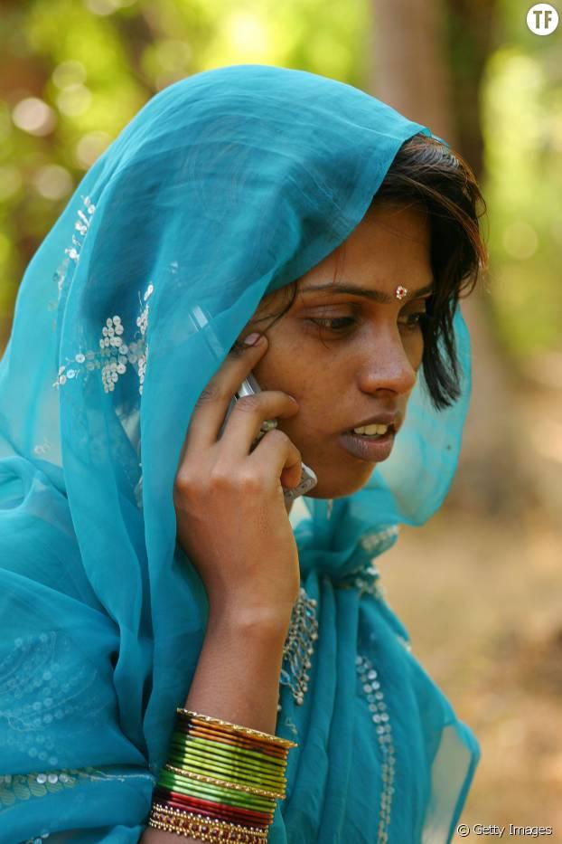 Le bouton SOS présent sur tous les téléphones en Inde permettra de secourir plus vite les femmes agressées