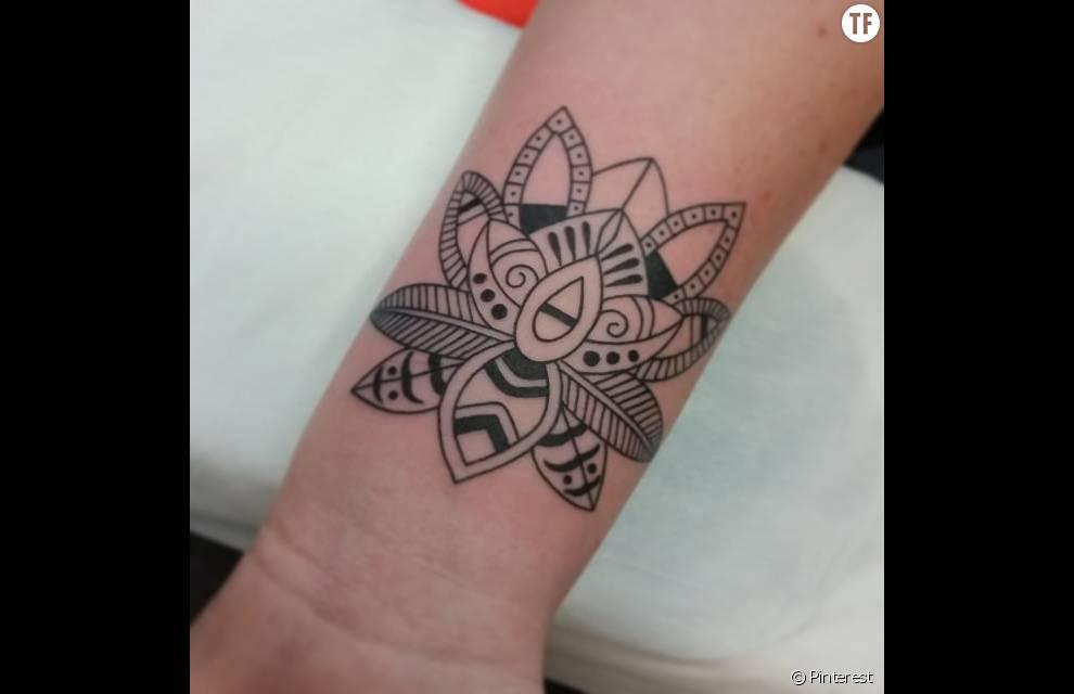 Tatouage De Mandala Esprit Fleur De Lotus Terrafemina