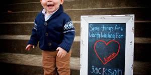 Ces photos émouvantes illustrent la joie d'enfants venant d'être adoptés