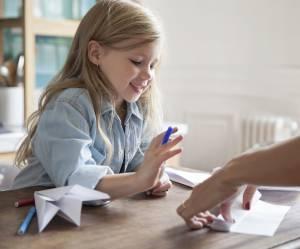 """""""Je m'ennuie"""" : 100 idées d'activités pour occuper un enfant"""