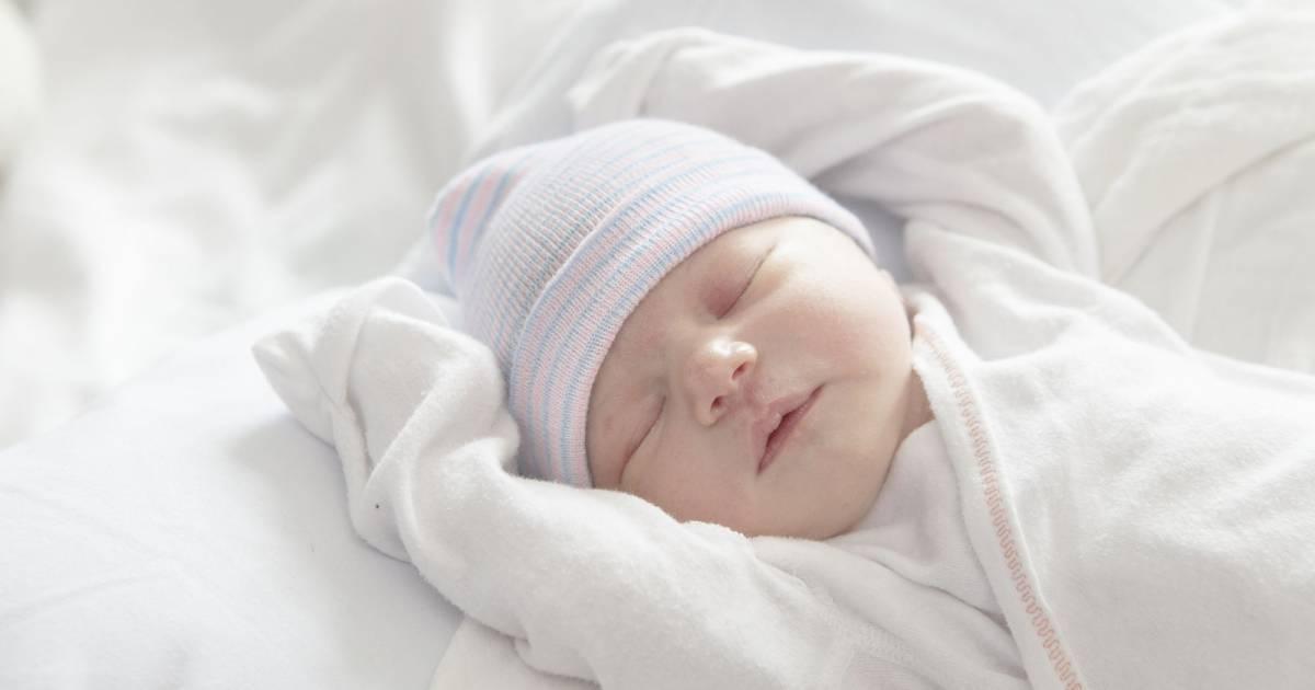 Comment deshabituer bebe des bras - Comment faire pour que mon fils dorme dans son lit ...