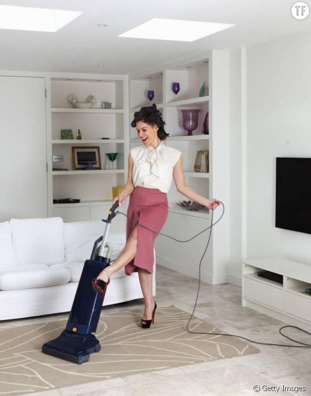 Dans les années 50, on juge la qualité d'une femme à la propreté de son salon.