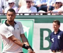 Jo-Wilfried Tsonga en couple : Noura est sa première supportrice à Roland-Garros (photos)