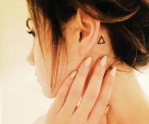 15 idées de jolis tatouages à glisser derrière son oreille