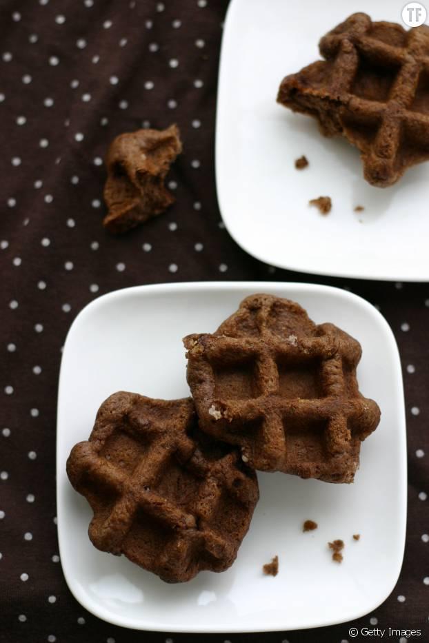 Les gaufres-brownies en version mini : une idée qui change pour vos buffets ou vos apéros sucrés !