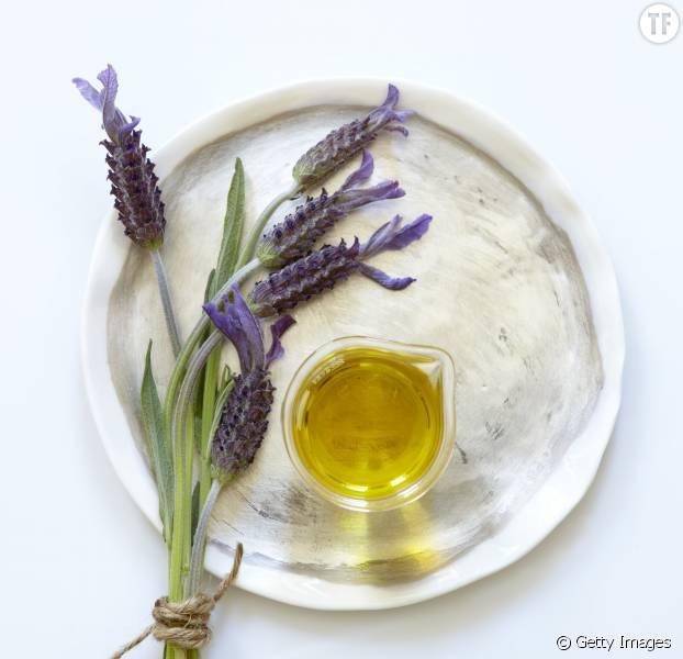 Comment rester calme au boulot grâce aux huiles essentielles