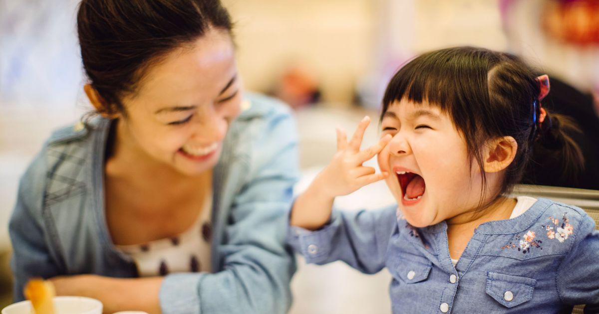 Voici comment faire un monstre gluant diy avec son enfant - Comment sait on si on fait une fausse couche ...