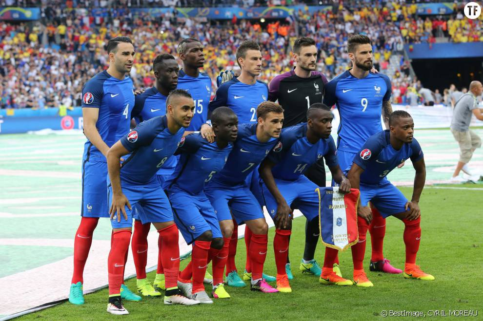 L'Equipe de France au match d'ouverture de l'Euro 2016, France-Roumanie au Stade de France, le 10 juin 2016