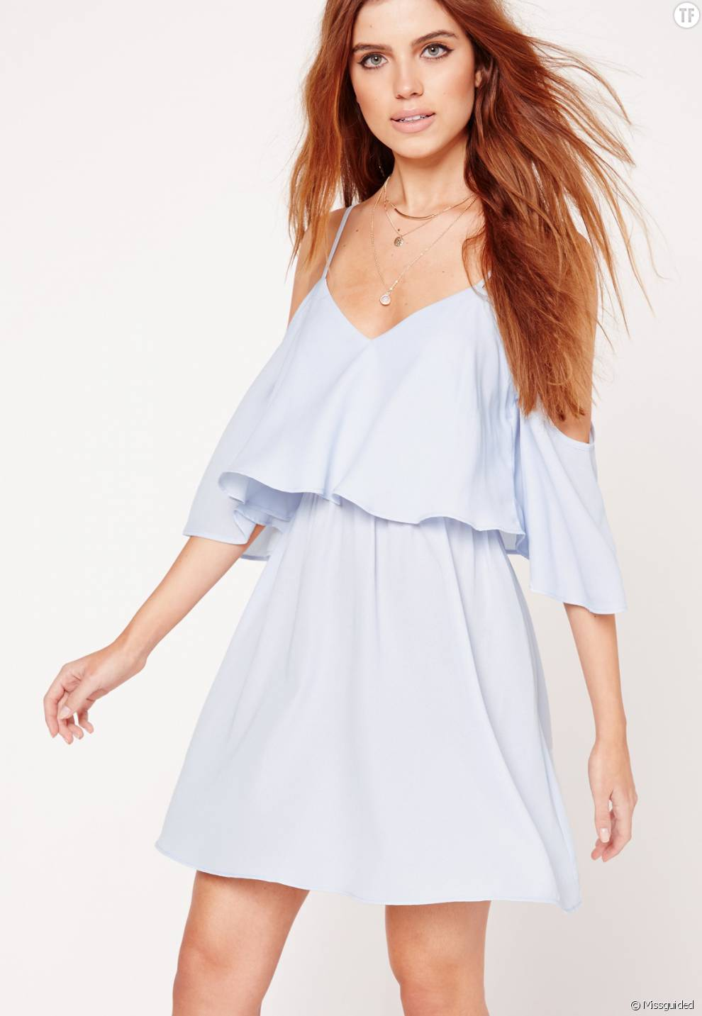 robe patineuse bleu pastel paules d nud es missguided 33 25 euros terrafemina. Black Bedroom Furniture Sets. Home Design Ideas