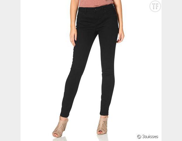 Le pantalon noir : idéal lorsque l'on a pas d'inspiration.