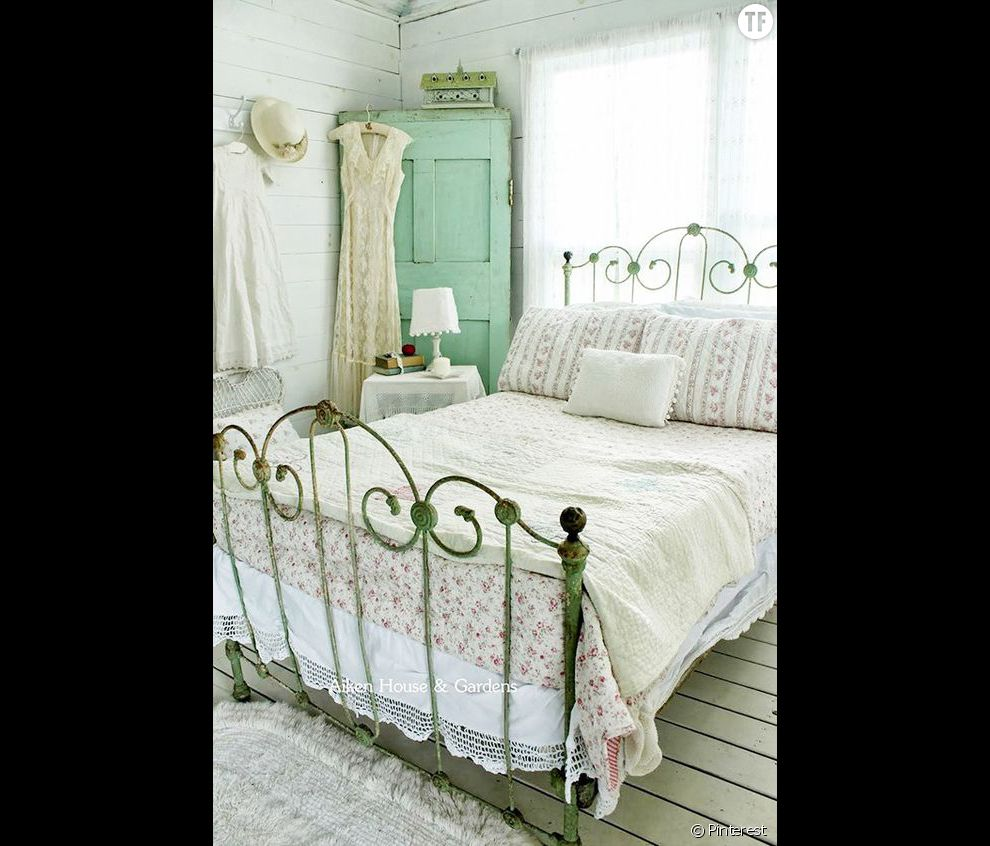 chambre coucher style shabby chic accueil design et mobilier. Black Bedroom Furniture Sets. Home Design Ideas